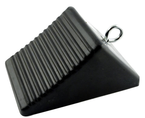 8 X 5 X 4 RUBBER WHEEL CHOCK